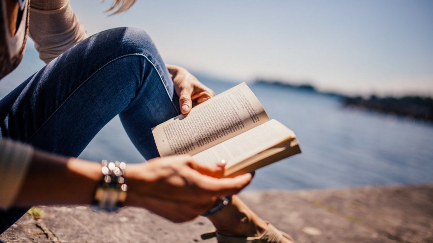 Why Reading Books is Good for Mental Health